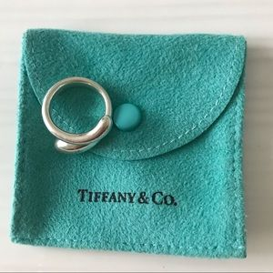 Tiffany & Co. Elsa Peretti Teardrop Ring